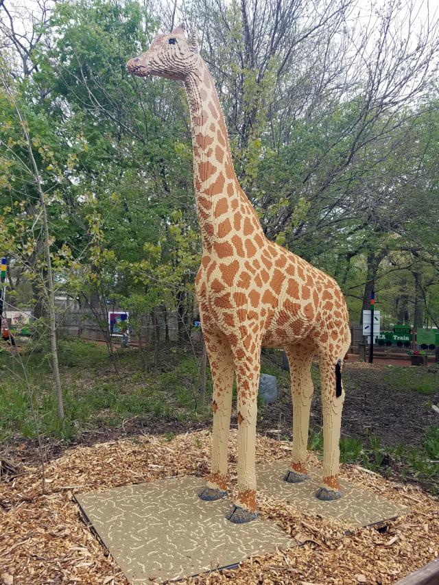 brick safari giraffe
