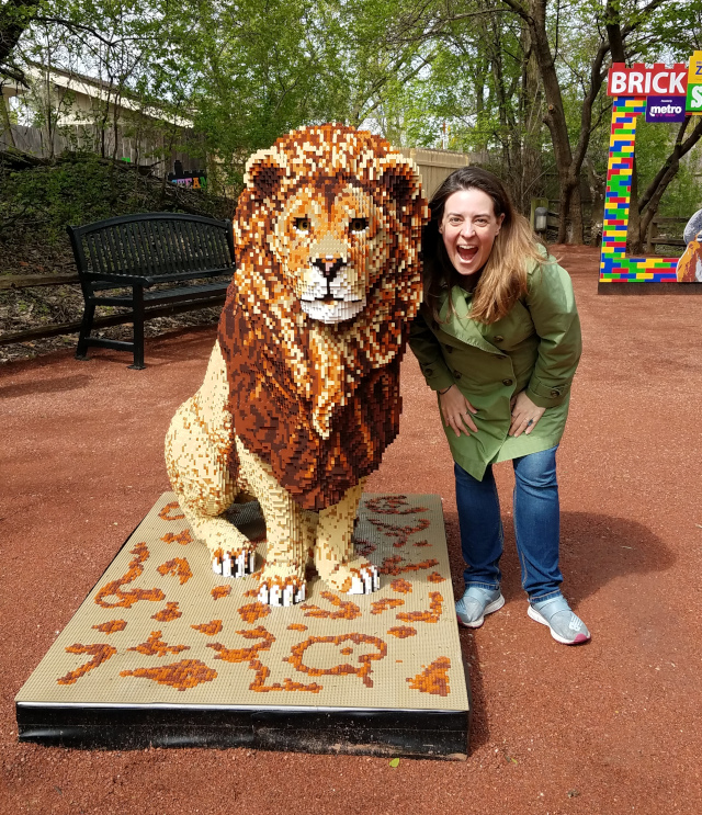 brick safari lion roar